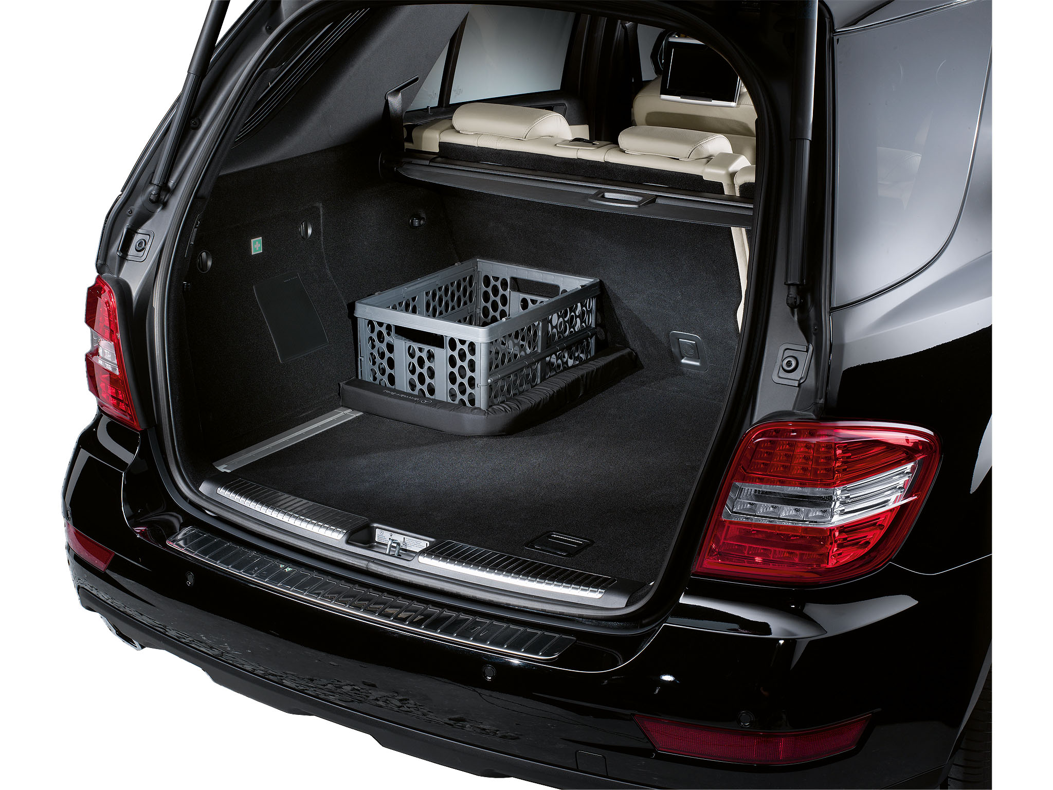 bagagebevestiging limousine a klasse auto. Black Bedroom Furniture Sets. Home Design Ideas