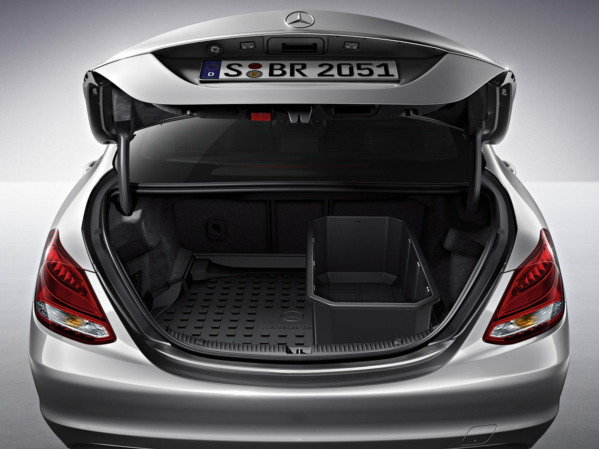 Bagageruimtebak laag met doorlaadsysteem limousine c for Mercedes benz car shop