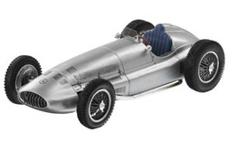 3-LITER F1-Racewagen W 154 (1939)