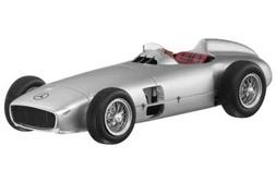 2,5-liter F-1 racewagen met vrijstaande wielen, W 196 (1954)